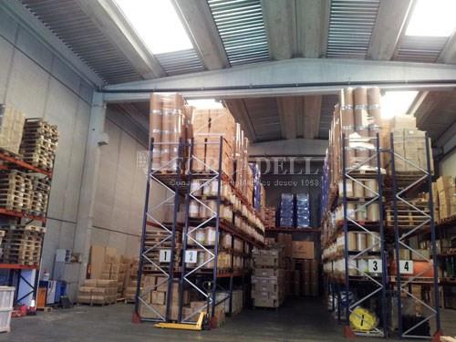 Nau industrial en lloguer de 631 m² - Pol. Ind. Gran via Sud Cod. 14616  3