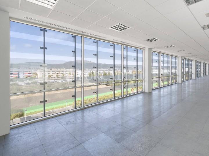 Oficina disponible en lloguer situada a Viladecans Business Park. #13