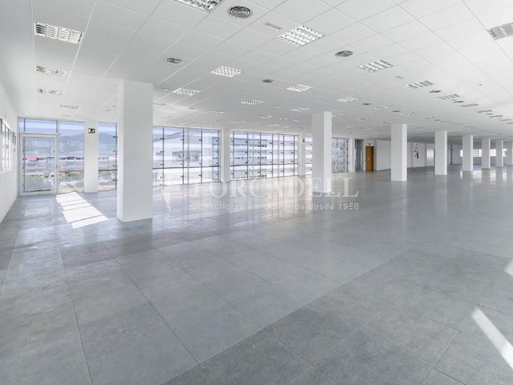 Oficina disponible en alquiler ubicada en Viladecans Business Park. 14