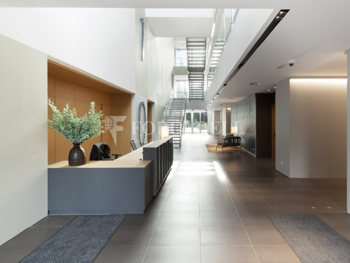 Oficina disponible en lloguer situada a Viladecans Business Park. #6