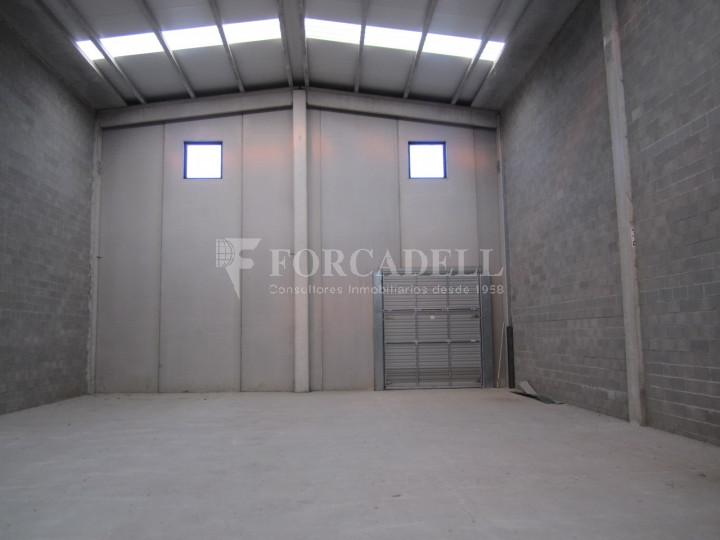 Nau industrial en lloguer de 650 m² - La Roca del Vallès, Barcelona  #3
