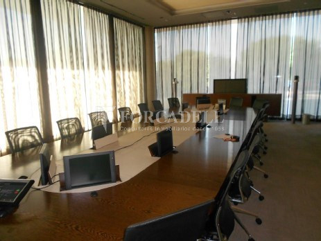 Oficina per llogar al Parc Logístic de la Zona Franca. #9