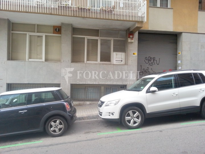 Local oficina en el Baix Guinardó, en alquiler. Barcelona. Cod 17946 2