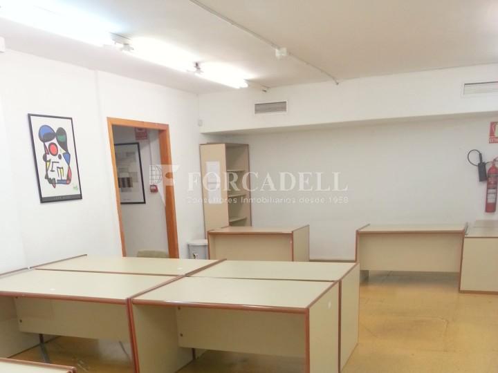 Local oficina en el Baix Guinardó, en alquiler. Barcelona. Cod 17946 5