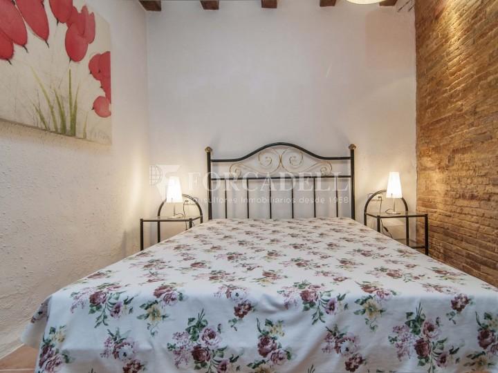 Pis moblat i reformat d'un dormitori en La Barceloneta de Barcelona. 15