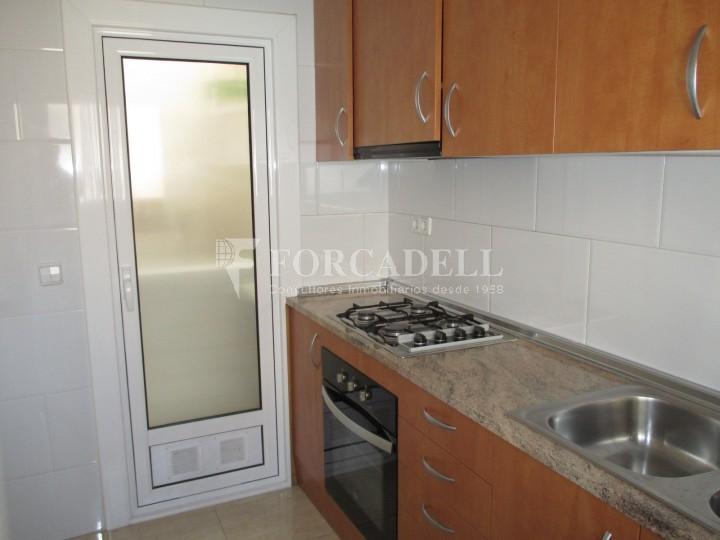 Pis de lloguer de tres dormitoris en font del remei de barcelona forcadell residencial - Lloguer pis barcelona particular ...
