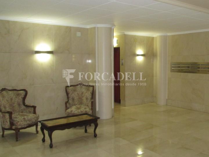 Pis d 39 una habitaci en el c breda de barcelona forcadell residencial - Lloguer pis barcelona particular ...
