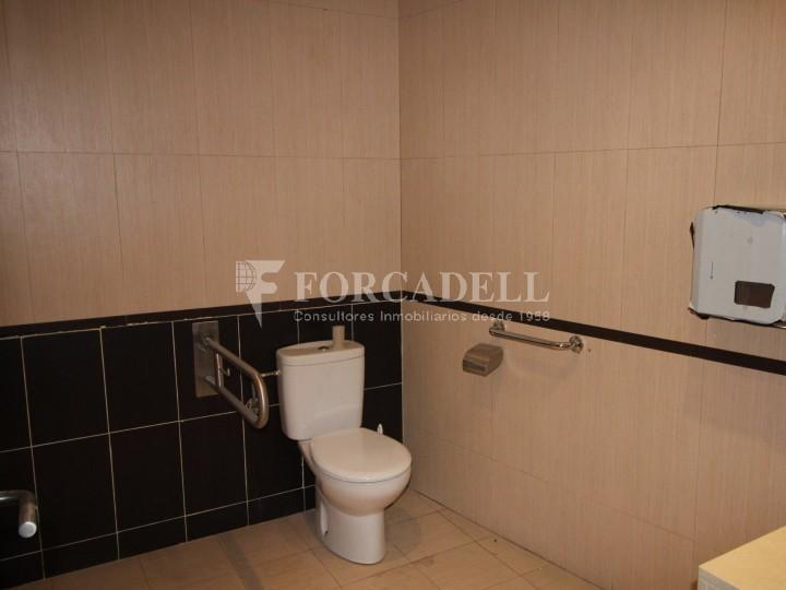 Local disponible al barri de Sant Antoni - Eixample.  #18