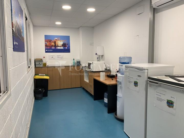 Nau industrial en lloguer de 1363 m² - Hospitalet de Llobregat, Barcelona 14