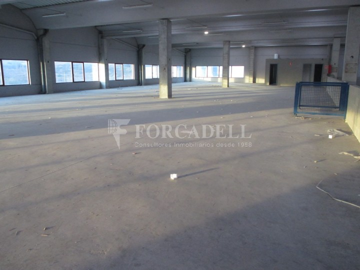 Nau logística en lloguer de 3.322 m² - La Roca del Vallès, Barcelona #10