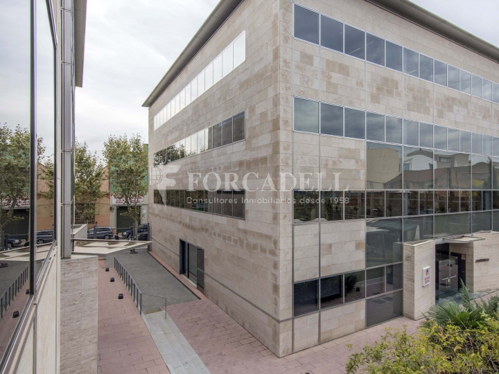Oficina diàfana en lloguer al City Parc Cornellà de Llobregat.  1