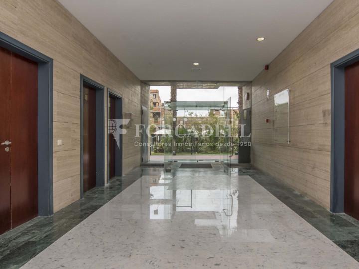 Oficina diàfana en lloguer al City Parc Cornellà de Llobregat.  8
