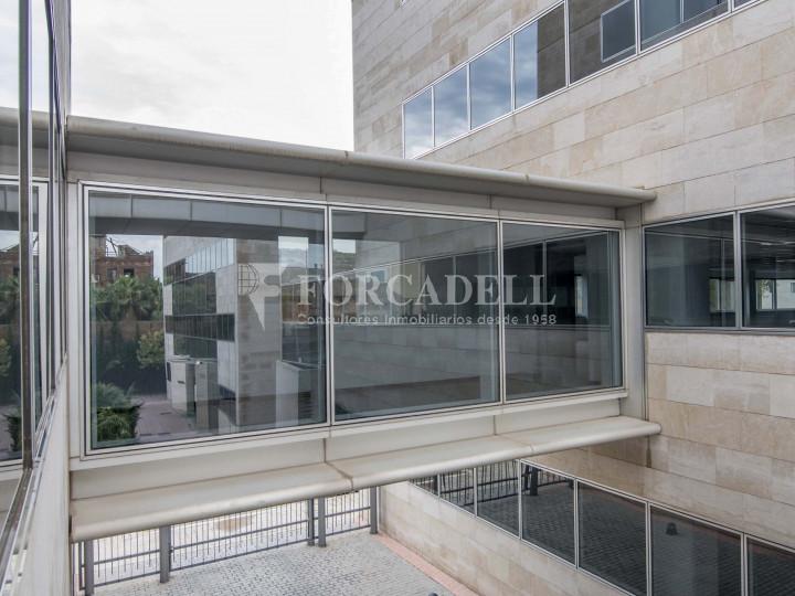 Oficina diàfana en lloguer al City Parc Cornellà de Llobregat.  2