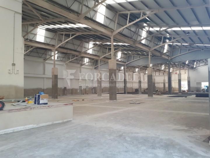 Nau industrial en venda o lloguer d'3.247,45 m² - Sant Joan Despi, Barcelona #19