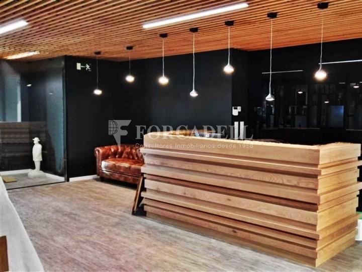 Oficina amb vistes panoràmiques i lluminosa. Centre Barcelona.  #5