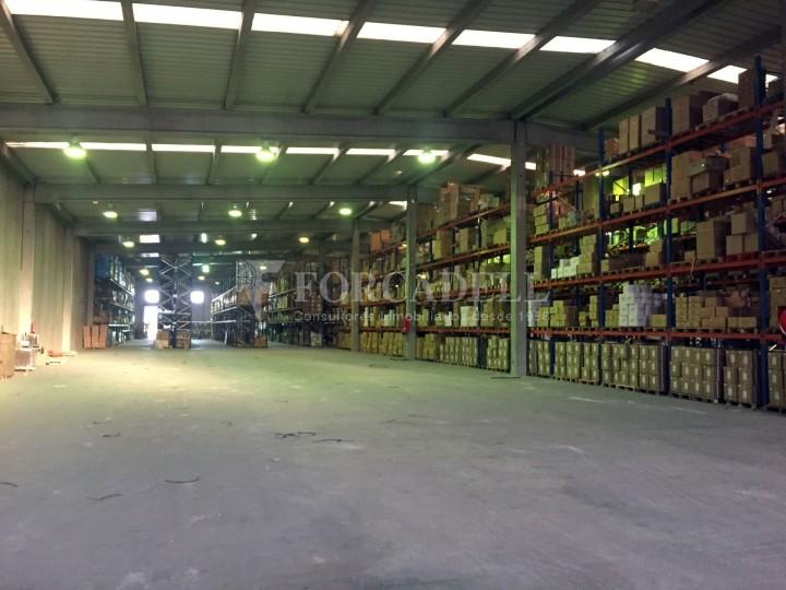 Nau industrial en lloguer de 4.200 m² - Riells i Viabrea, Girona 2