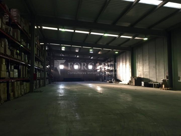 Nau industrial en lloguer de 4.200 m² - Riells i Viabrea, Girona 5
