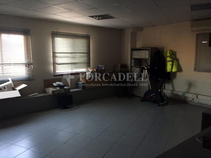 Nau industrial en lloguer de 4.200 m² - Riells i Viabrea, Girona 8