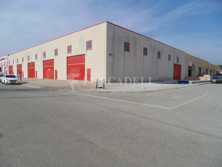 Nave industrial en alquiler de 2.048 m² - Riells i Viabre, Barcelona 1