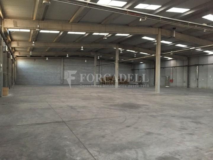 Nave industrial en alquiler de 2.048 m² - Riells i Viabre, Barcelona 2