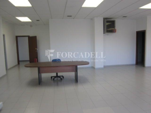 Oficina en alquiler en el centro de Sabadell. 4