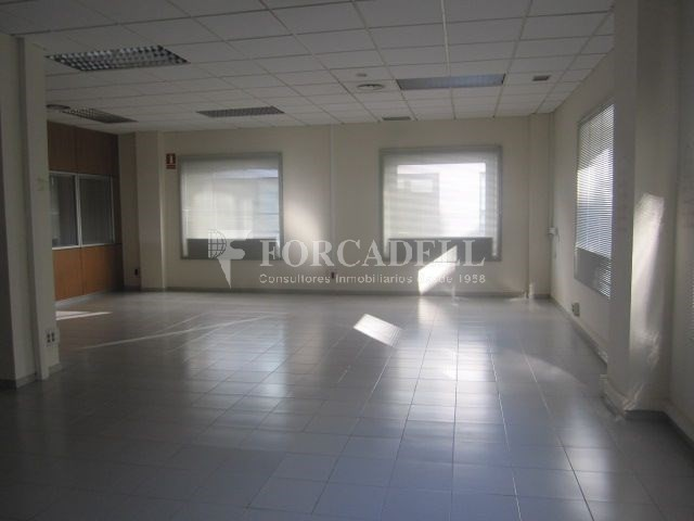 Oficina en alquiler en el centro de Sabadell. 5