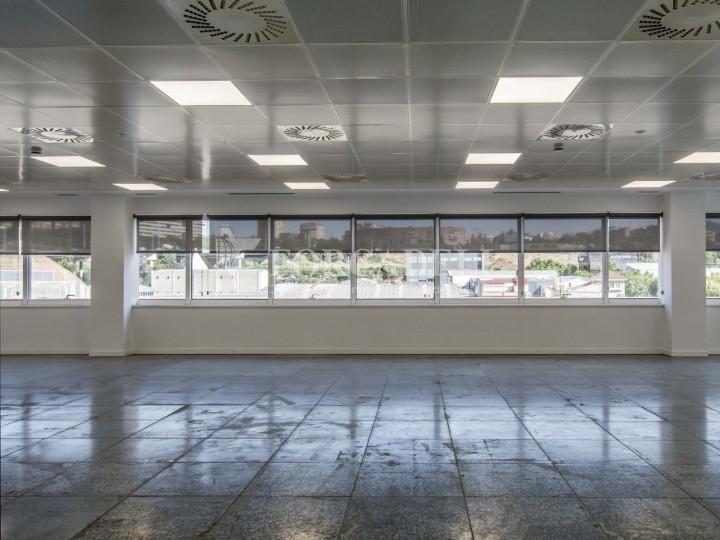 Edifici corporatiu en lloguer. City Parc. Cornellà de Llobregat.  #17
