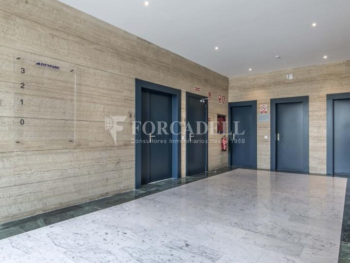 Edifici corporatiu en lloguer. City Parc. Cornellà de Llobregat.  #34