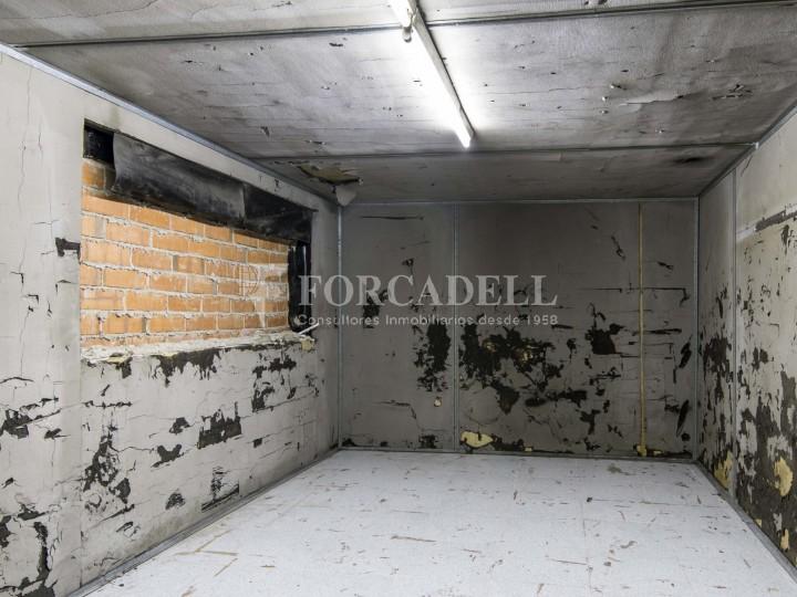 Local en alquiler en l'Hospitalet de Llobregat en el barrio de Santa Eulalia. Barcelona.  24