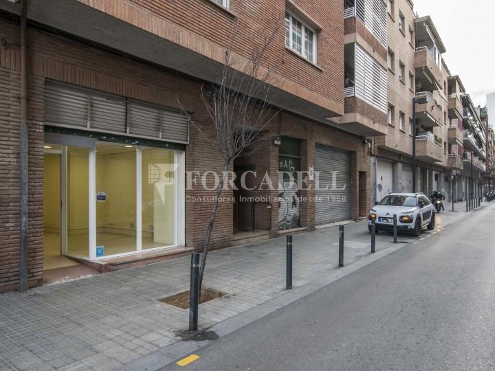 Local en lloguer a l'Hospitalet de Llobregat al barri de Santa Eulàlia. Barcelona.  2
