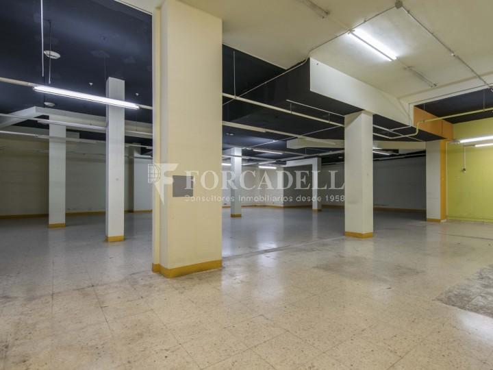 Local en alquiler en l'Hospitalet de Llobregat en el barrio de Santa Eulalia. Barcelona.  5