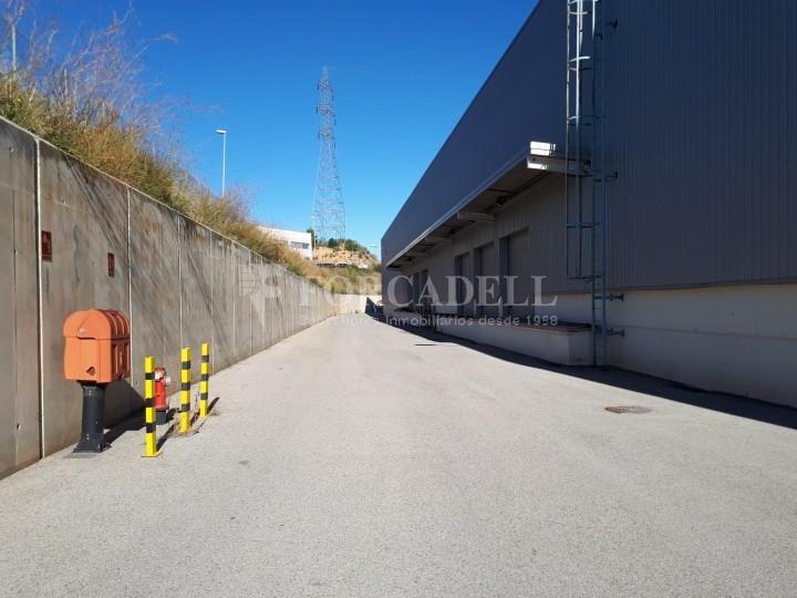 Nau logistica - industrial de lloguer de 3.330 m² - Sant Esteve Sesrovires, Barcelona #6