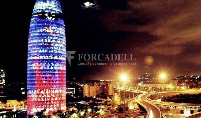 Oficina exterior i lluminosa en lloguer al districte de 22@. Barcelona. 14