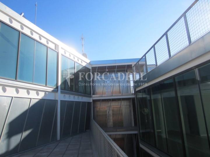 Oficina exterior i lluminosa en lloguer al districte de 22@. Barcelona. 8