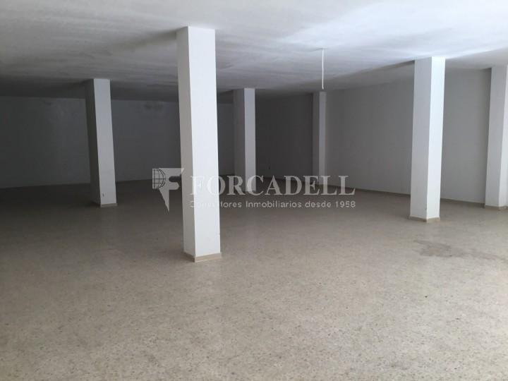 Local comercial diàfan planta baixa d'edifici residencial a Forallac, Av. Puig Negre.  #1