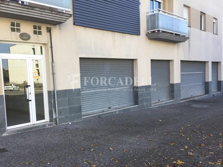 Local comercial diàfan planta baixa d'edifici residencial a Forallac, Av. Puig Negre.  #4