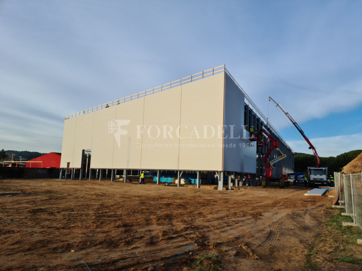 Nave industrial en alquiler de 4.610 m² - Lliça d'Amunt, Barcelona 4