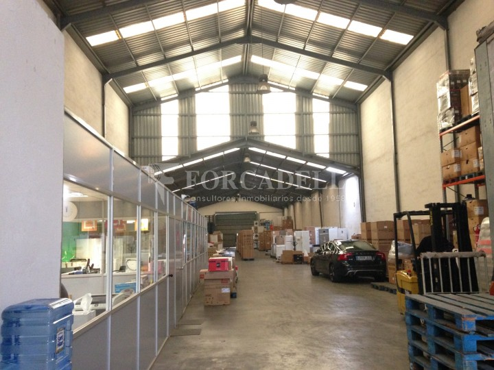 Nave industrial en alquiler de 972 m² - Cornella de Llobregat, Barcelona #2