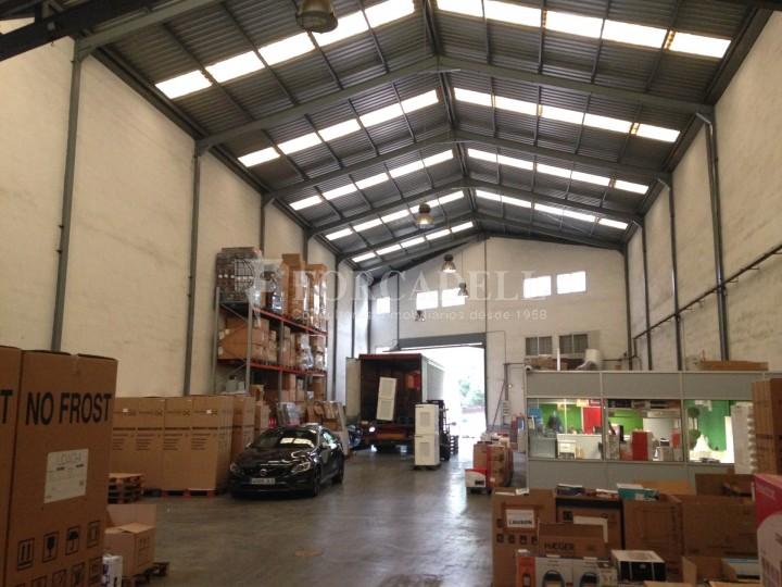 Nave industrial en alquiler de 972 m² - Cornella de Llobregat, Barcelona #4