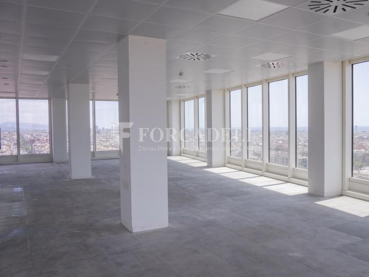 Oficina en lloguer a prop de l'estació de Sants. C. Tarragona 4
