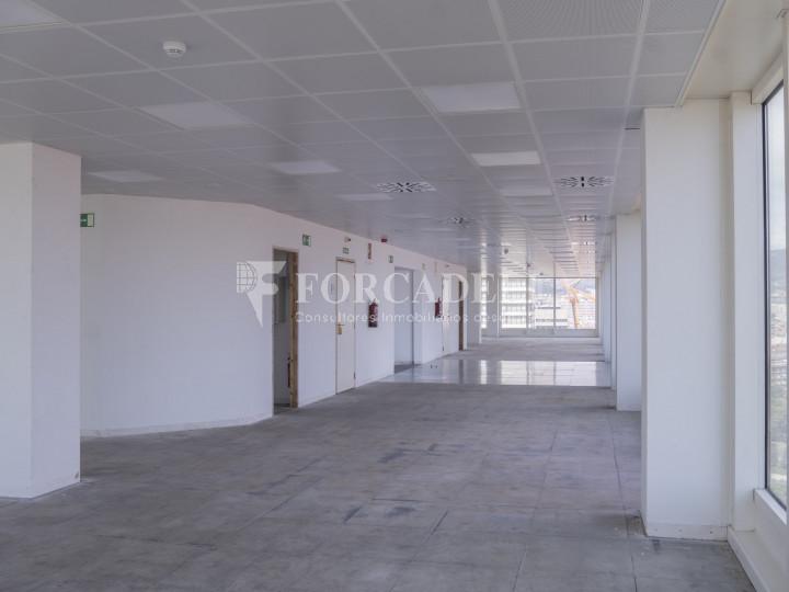 Oficina en lloguer a prop de l'estació de Sants. C. Tarragona 7