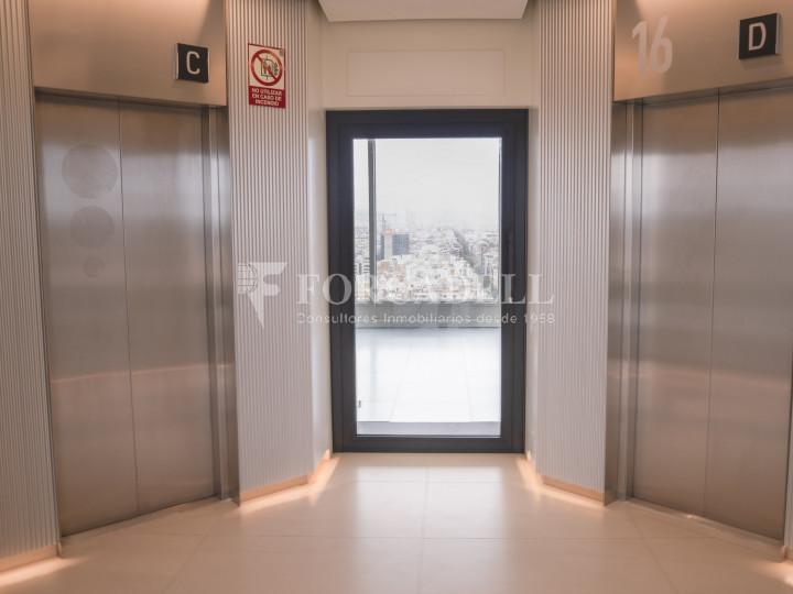 Oficina en lloguer a prop de l'estació de Sants. C. Tarragona 12