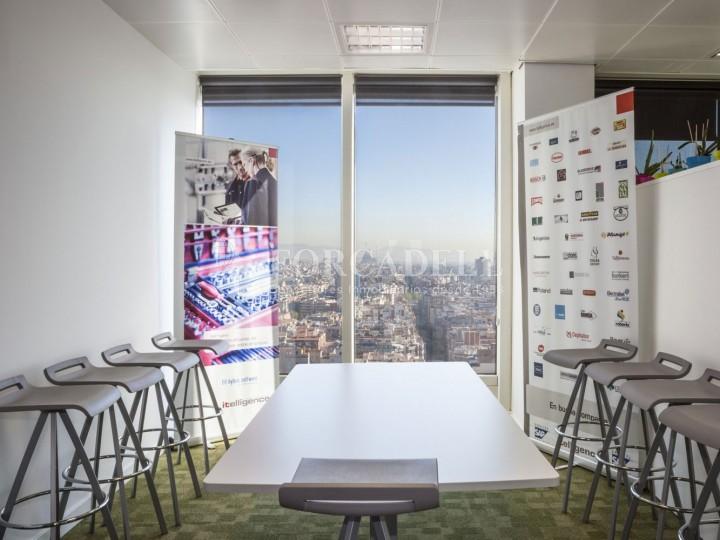 Oficina en lloguer situada al carrer Tarragona, Barcelona. #3