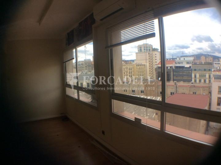 Oficina amb vistes panoràmiques al centre de la ciutat. Rda Sant Pere. Barcelona. #3