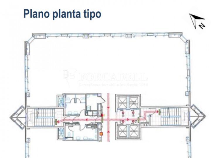 Oficina de gran qualitat, ubicada al terme municipal de Santa Perpètua de Mogoda, Barcelona. 2