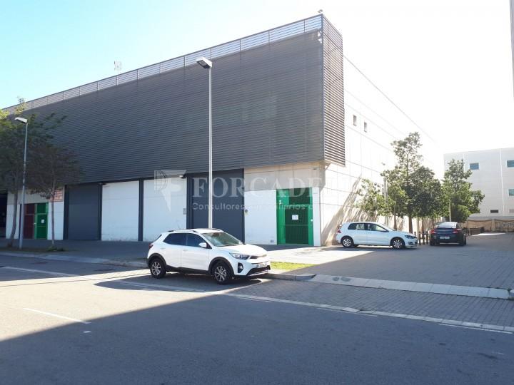 Nau industrial en lloguer de 1.900 m² - Hospitalet de Llobregat, Barcelona #1
