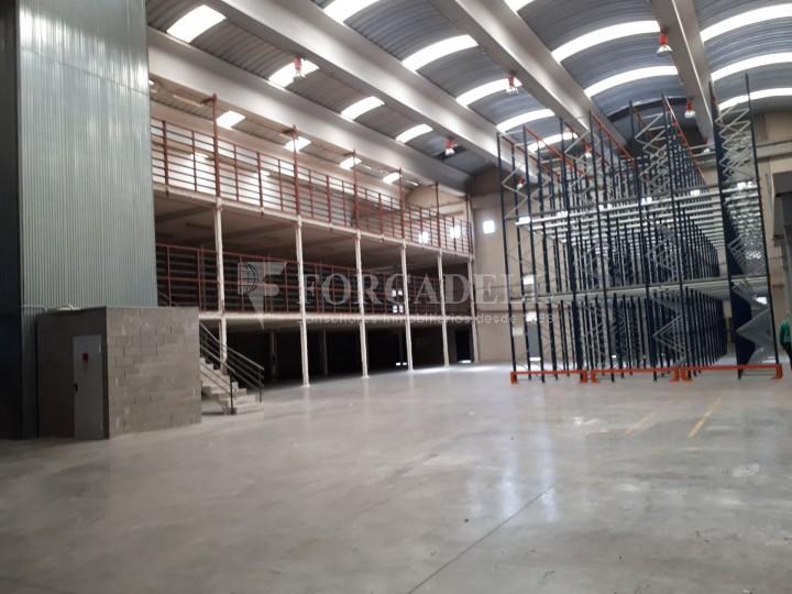 Nau industrial en lloguer de 1.900 m² - Hospitalet de Llobregat, Barcelona #4