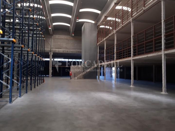Nau industrial en lloguer de 1.900 m² - Hospitalet de Llobregat, Barcelona #5