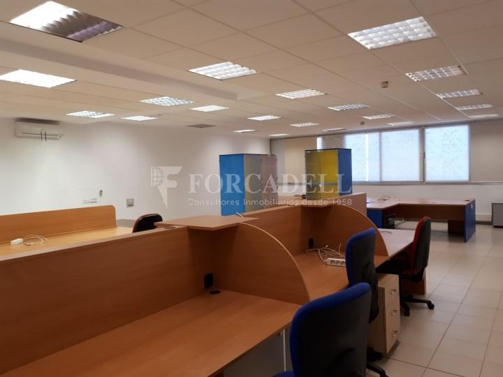 Nau industrial en lloguer de 1.900 m² - Hospitalet de Llobregat, Barcelona #8