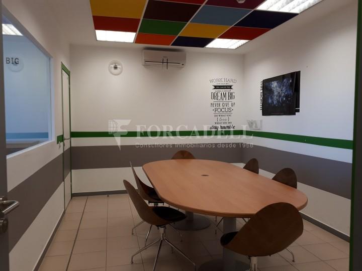 Nau industrial en lloguer de 1.900 m² - Hospitalet de Llobregat, Barcelona #9